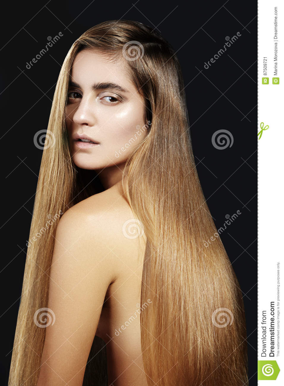 Hair Coloring Girl In The Beauty Salon Stock Photography 90383360