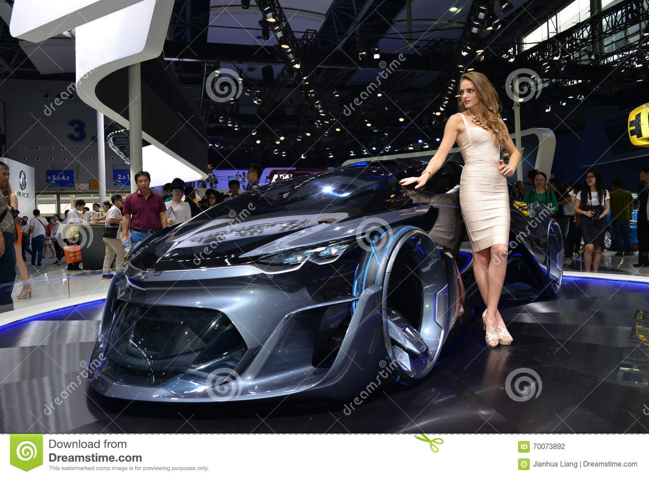 A Fashion Model On Chevrolet Fnr Concept Car Editorial Photography