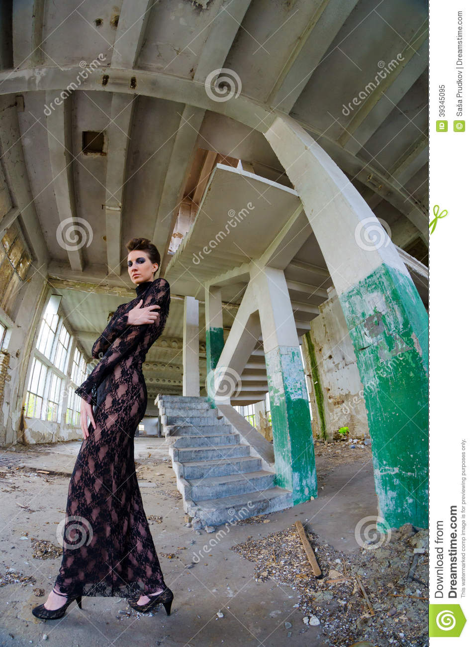 2 223 Model Abandoned Building Photos Free Royalty Free Stock Photos From Dreamstime