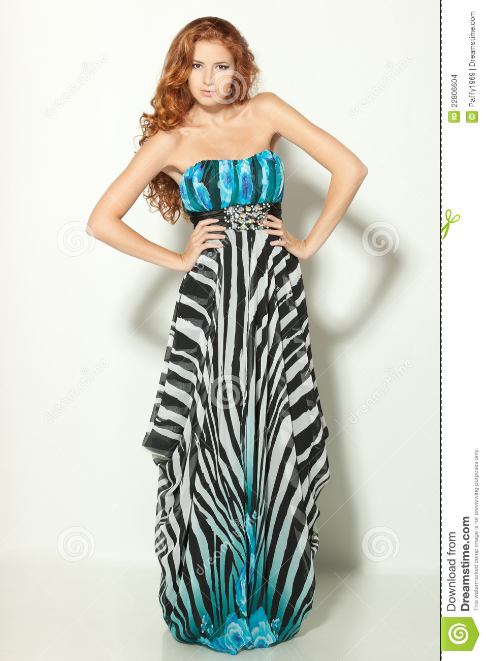 Fashion model posing in chiffon dress stock photo image - Modele dressing ...