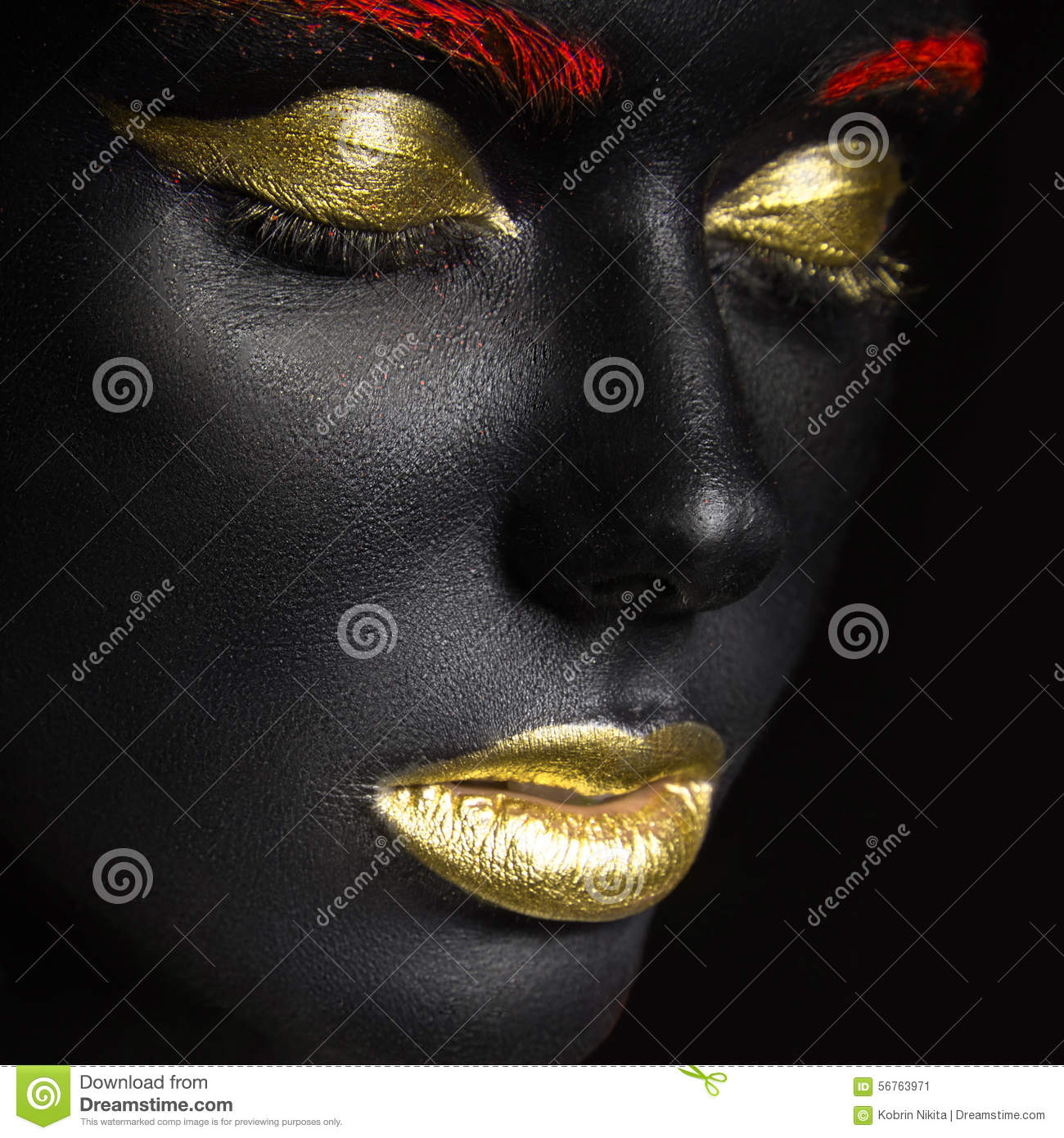 Fashion Portrait Of Girl With Dark Make Up Stock Image