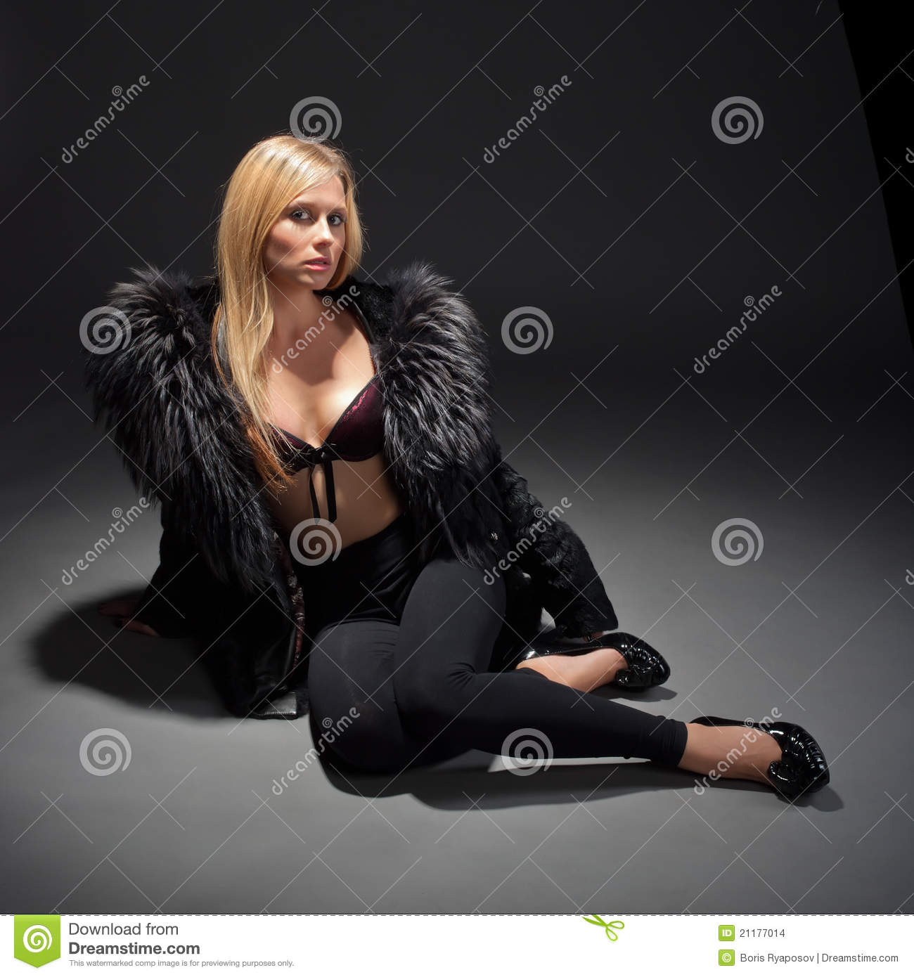 Fashion portrait of young woman