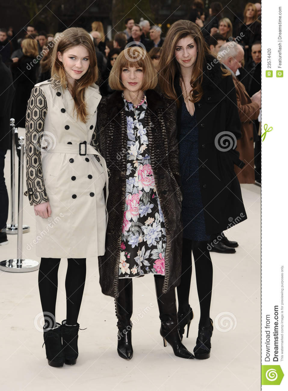 dfd443126a56 Anna Wintour and niece