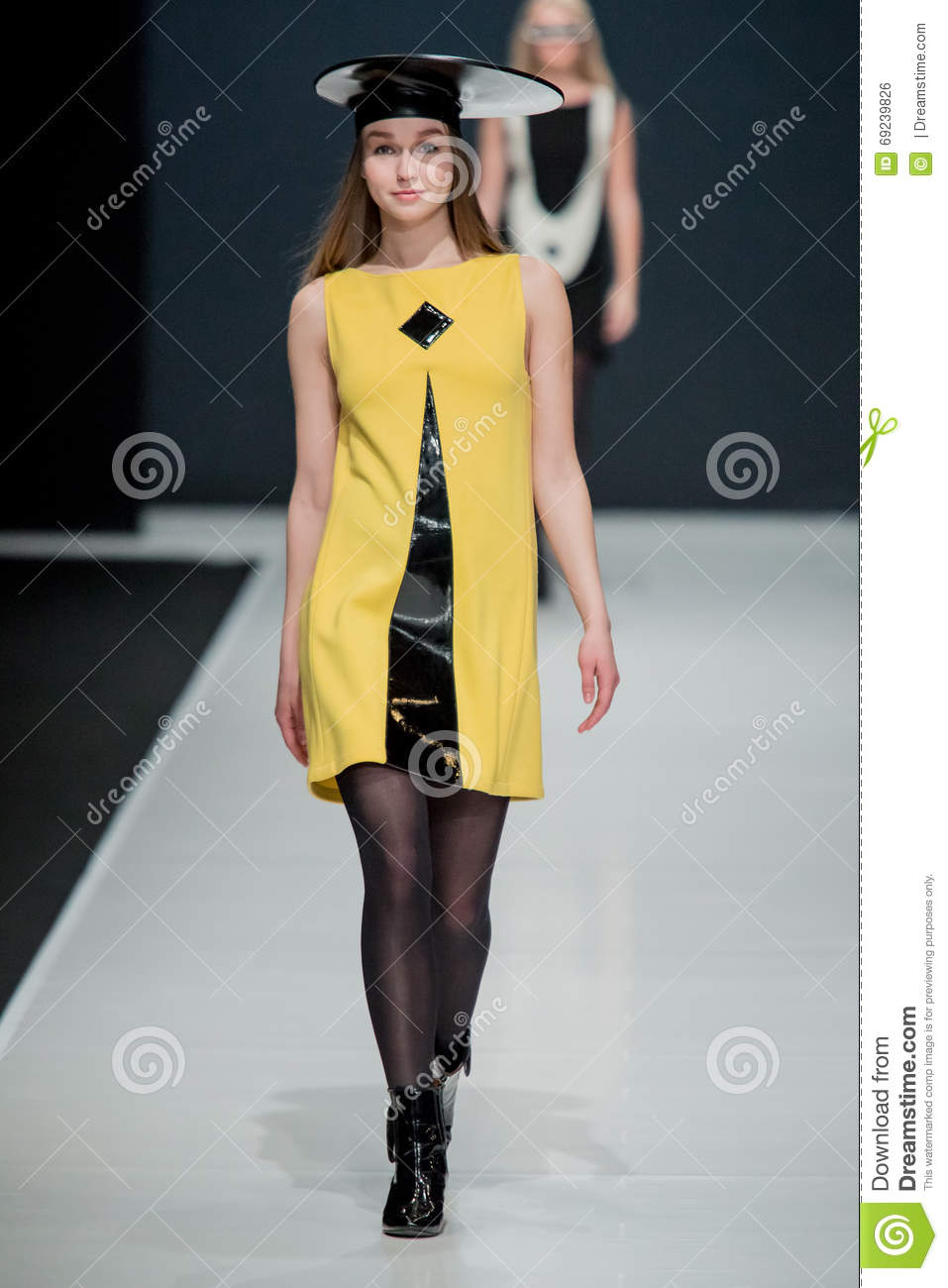 Pierre Cardin will dress the Moscow actors 10/29/2009 35