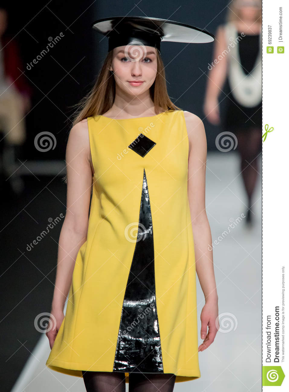 Pierre Cardin will dress the Moscow actors 10/29/2009 41