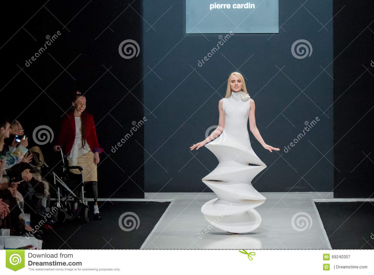 Pierre Cardin will dress the Moscow actors 10/29/2009 18
