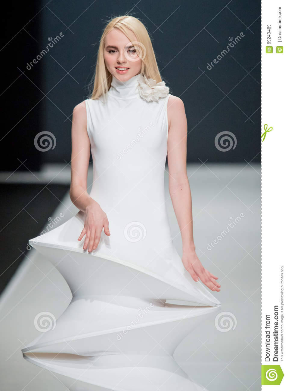 Pierre Cardin will dress the Moscow actors 10/29/2009 46