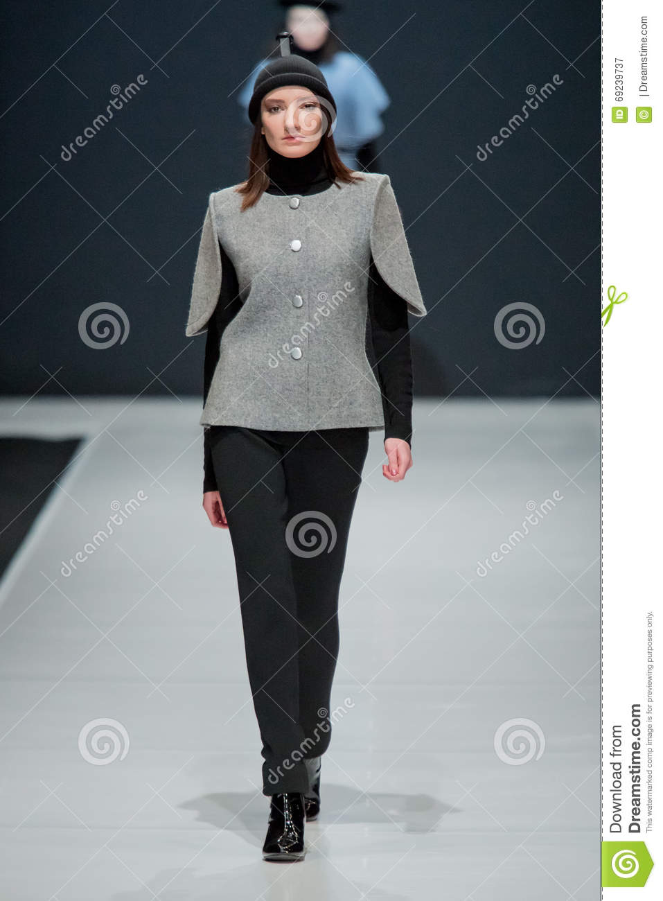 The Fashion Show Pierre Cardin In Moscow Fashion Week With Love For Russia March 22 2016