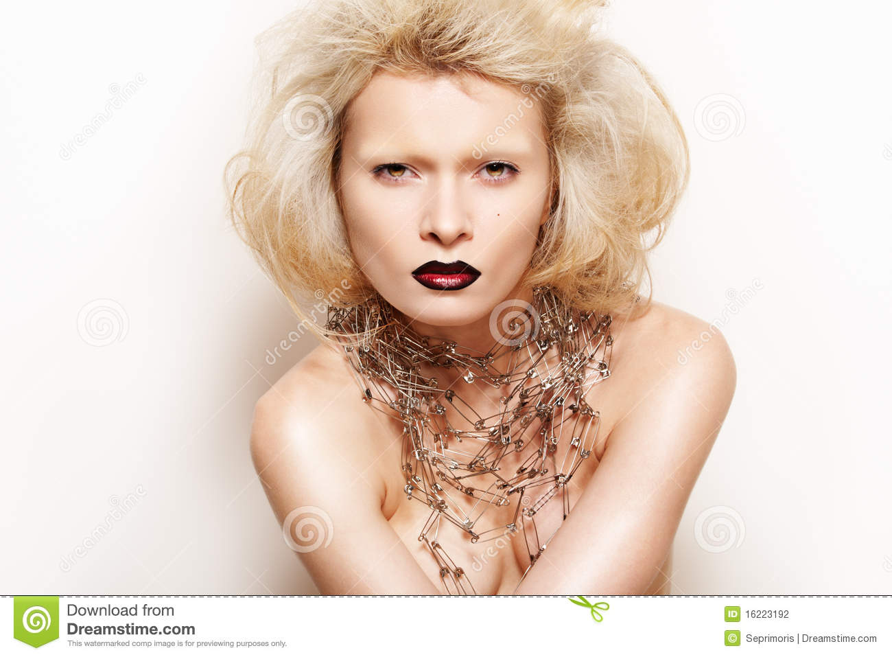 Chic Rock Style Fashion Blond Model With Make Up Royalty Free Stock Image