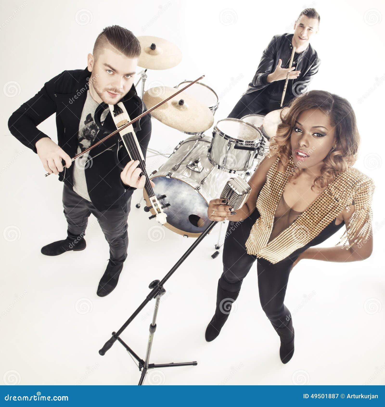 Russian sexy beauties band:Russian song-Beautiful