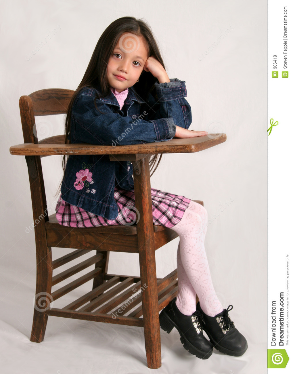 Little Girl Sitting At Desk Hot Girls Wallpaper