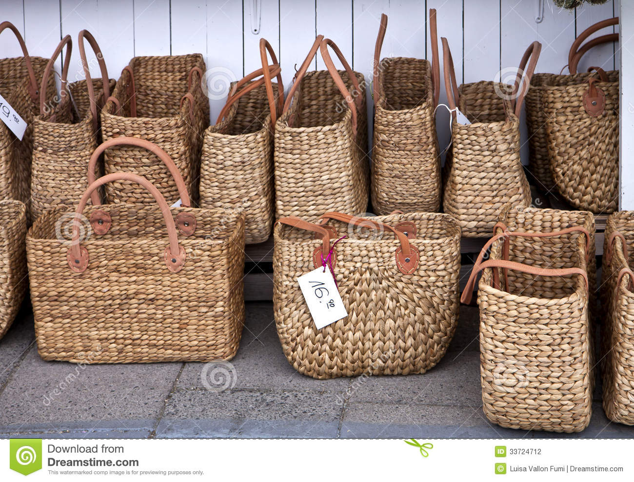 Fashionable Straw Shopping Bags At Market Stock Photo - Image of ... 30eff221b75f2