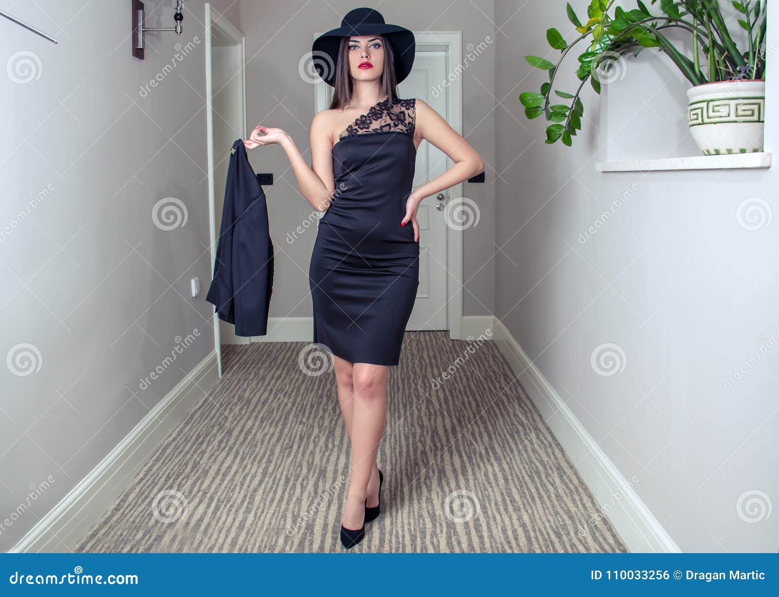 Fashionably geklede vrouw