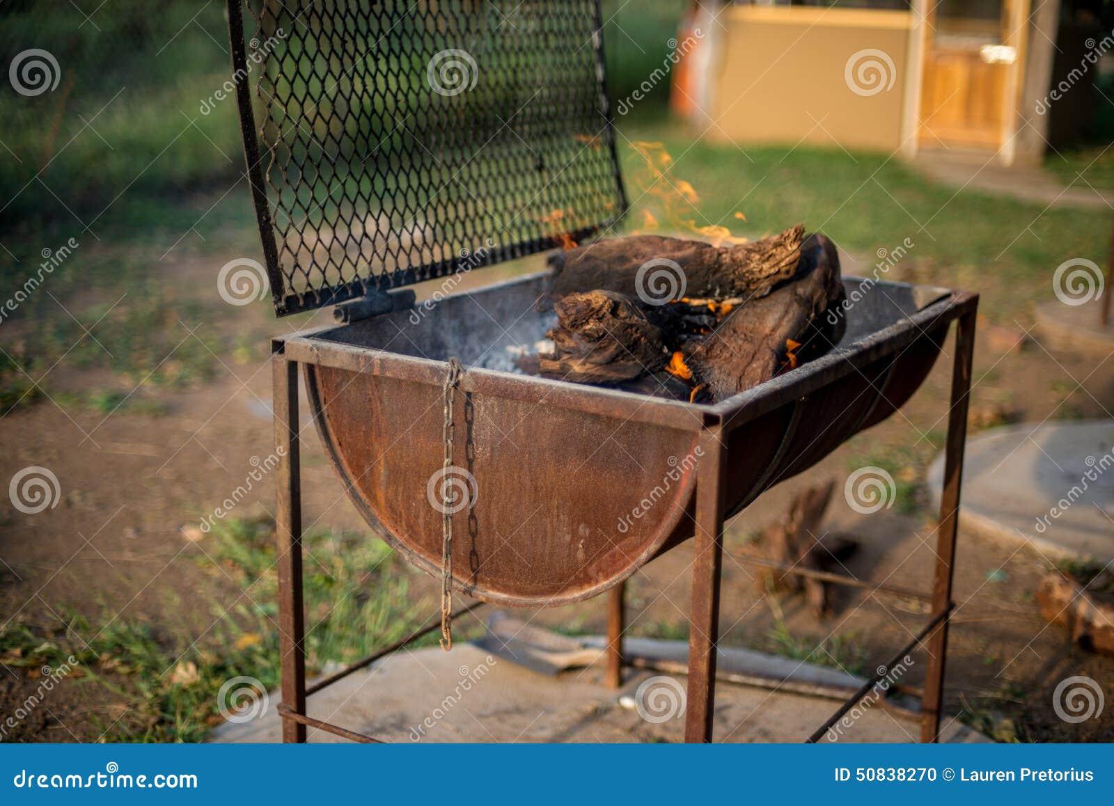 fass grill stockfoto bild 50838270. Black Bedroom Furniture Sets. Home Design Ideas