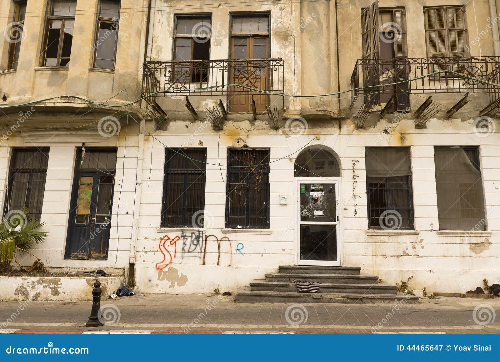 fassade des alten hauses israel redaktionelles stockfotografie bild 44465647. Black Bedroom Furniture Sets. Home Design Ideas