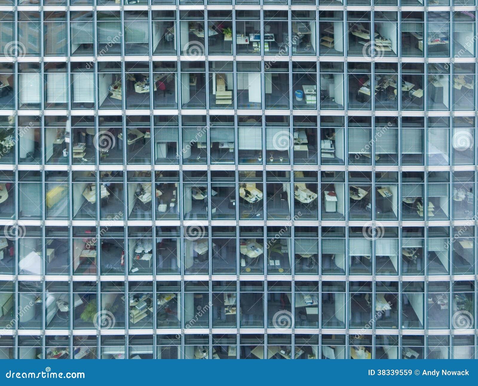 Fassade frontal  Fassade von Büros stockbild. Bild von geschäft, fenster - 38339559