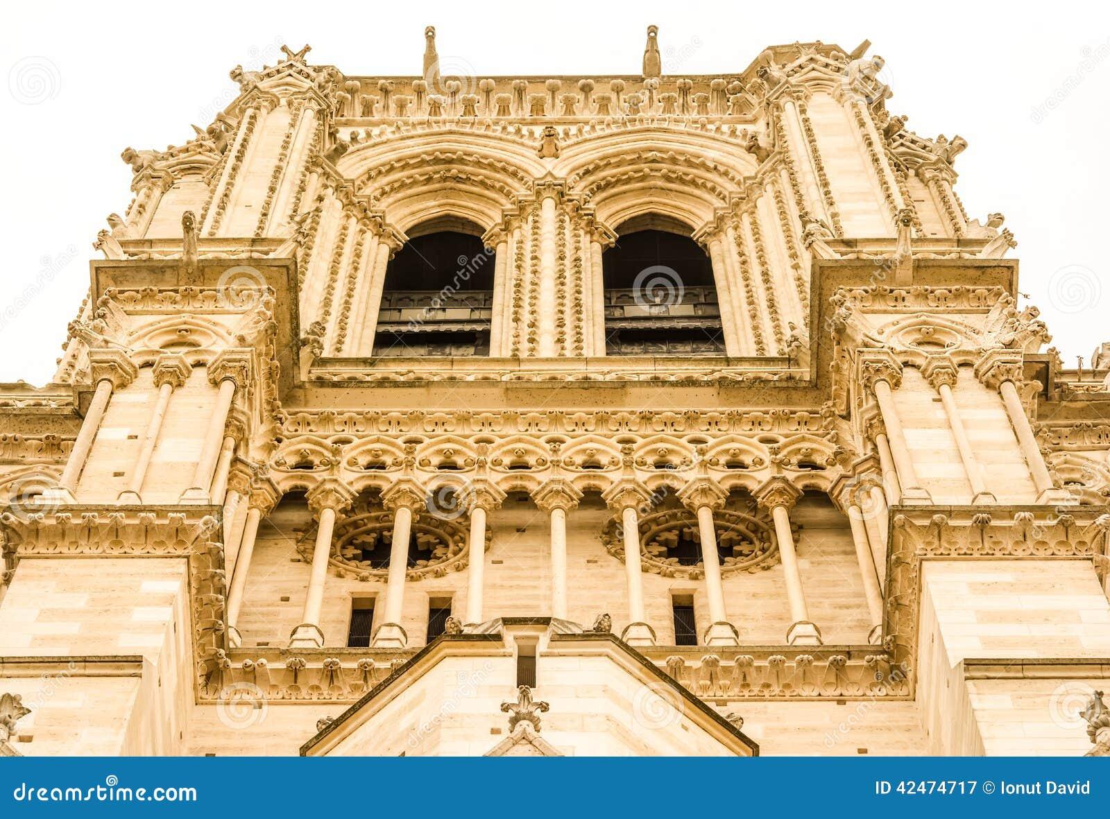Fassadendetail Notre Dame de Paris