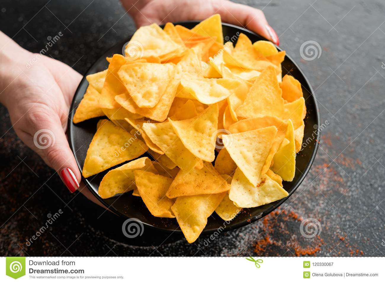 Fast food snack bad eating habit woman hands chips