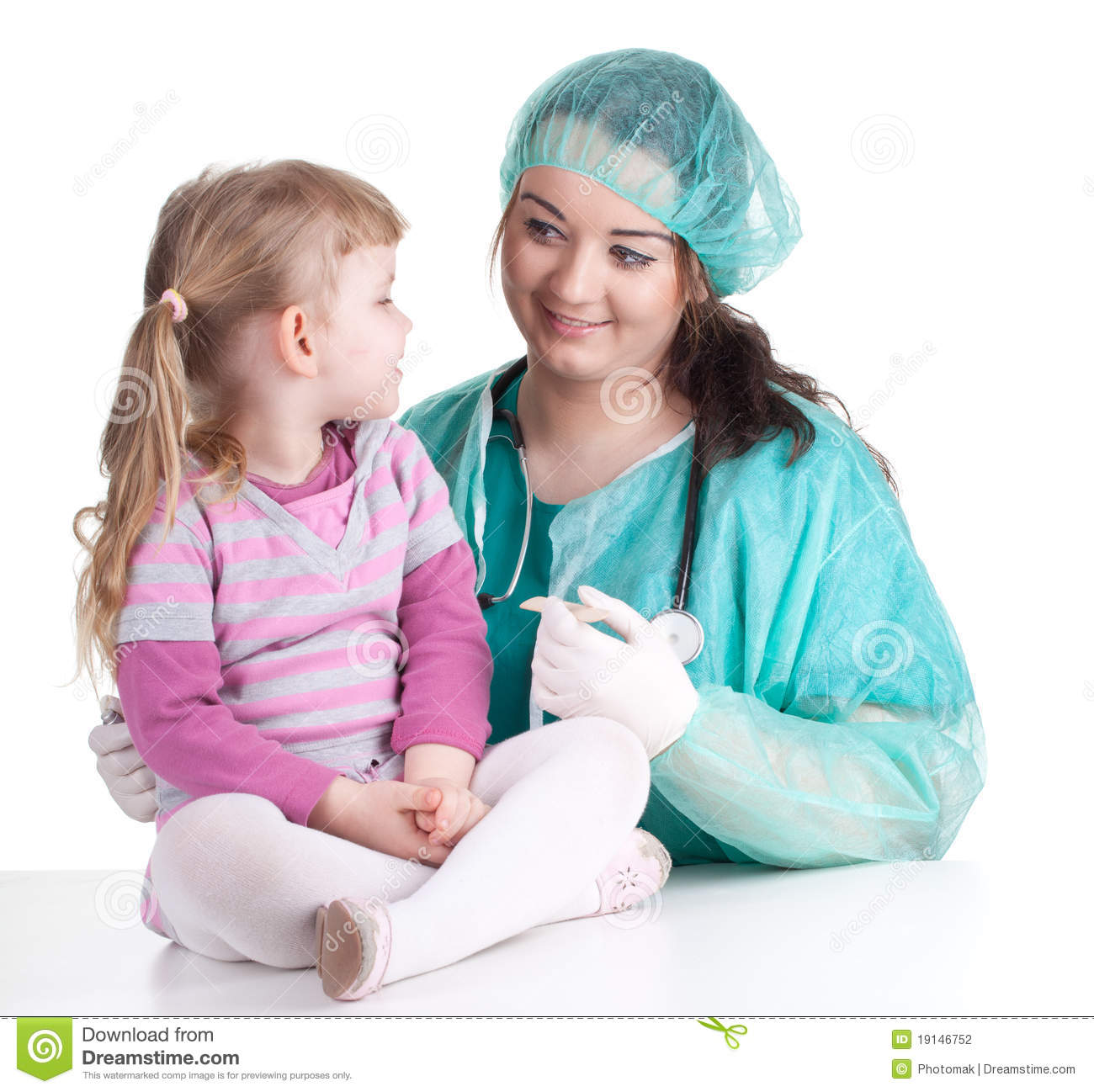 Fat woman doctor in green workwear exam small young girl.