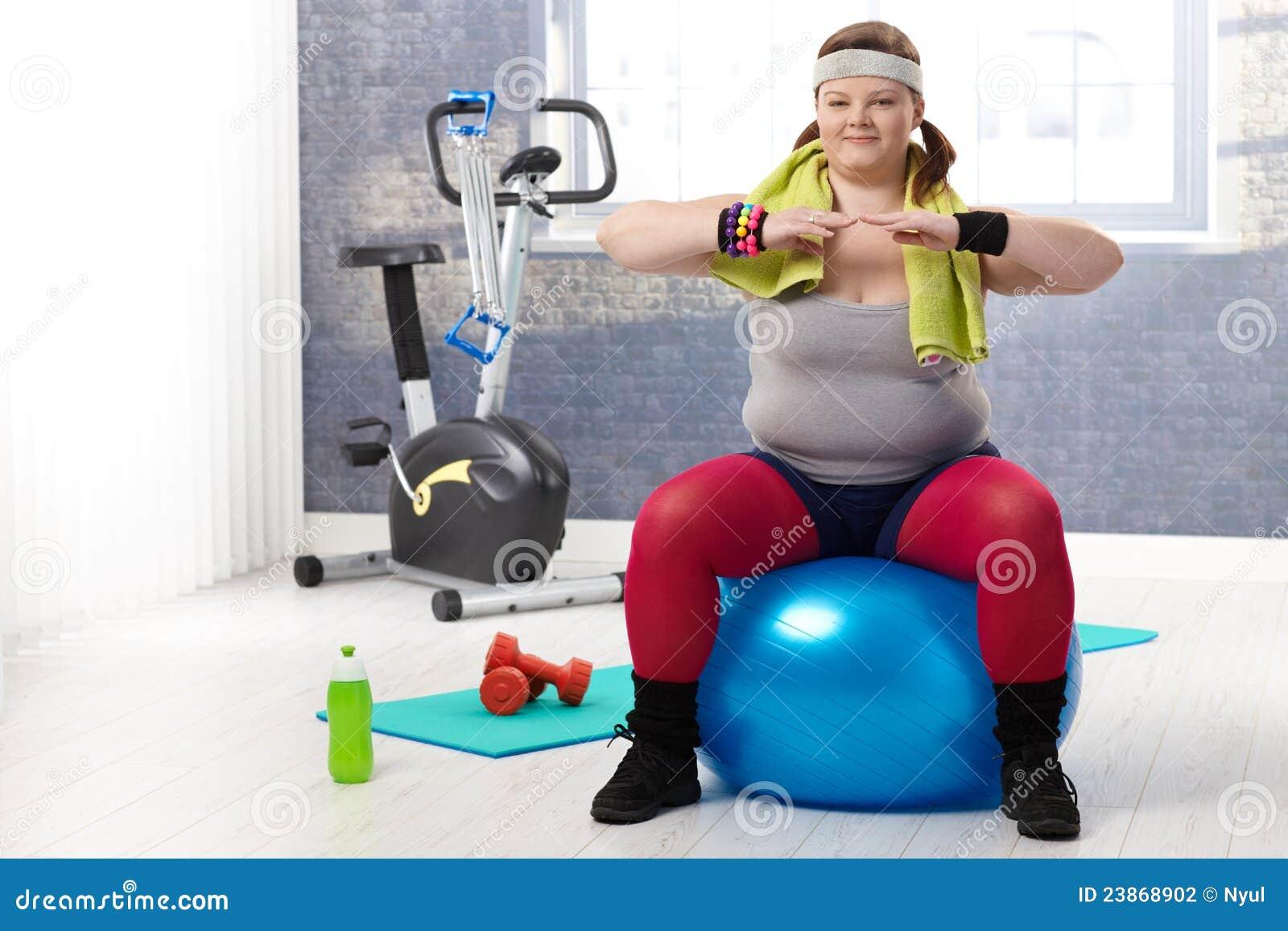 gymnastics Fat girl doing