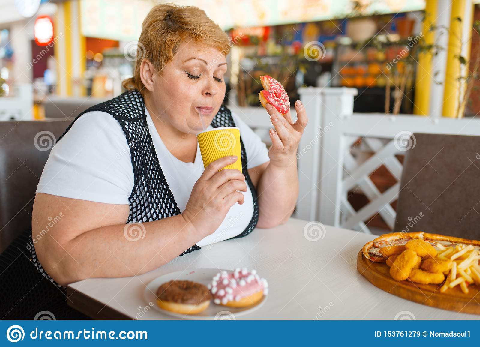 donuts eating Fat woman