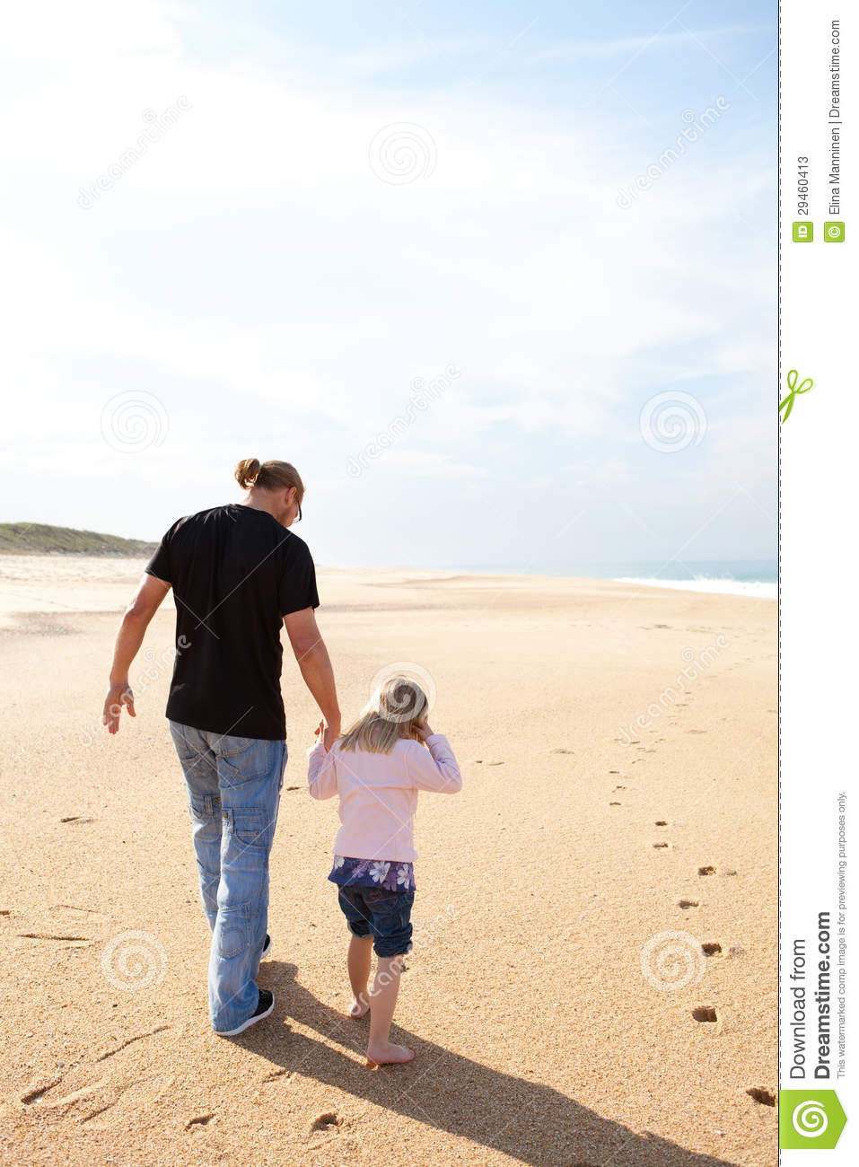 Interesting Dad with daughter walking advise