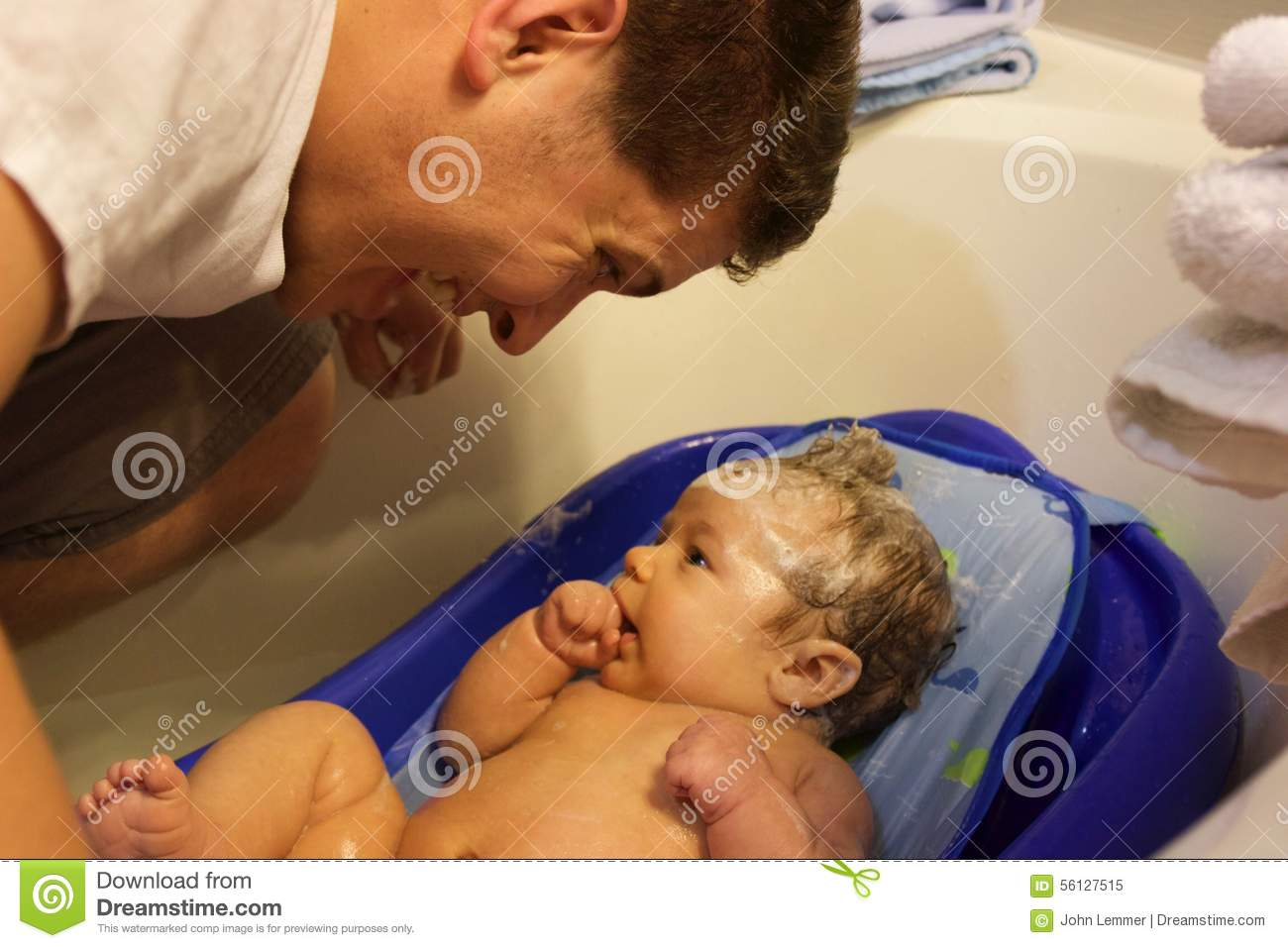 Father Giving Baby Boy A Bath Stock Image - Image of soap, adorable ...