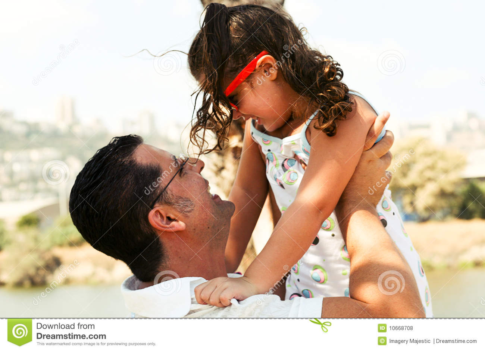 Фото секса пап с дочерьми, Секс папы с дочкой. Смотреть отец с дочкой порно фото 25 фотография