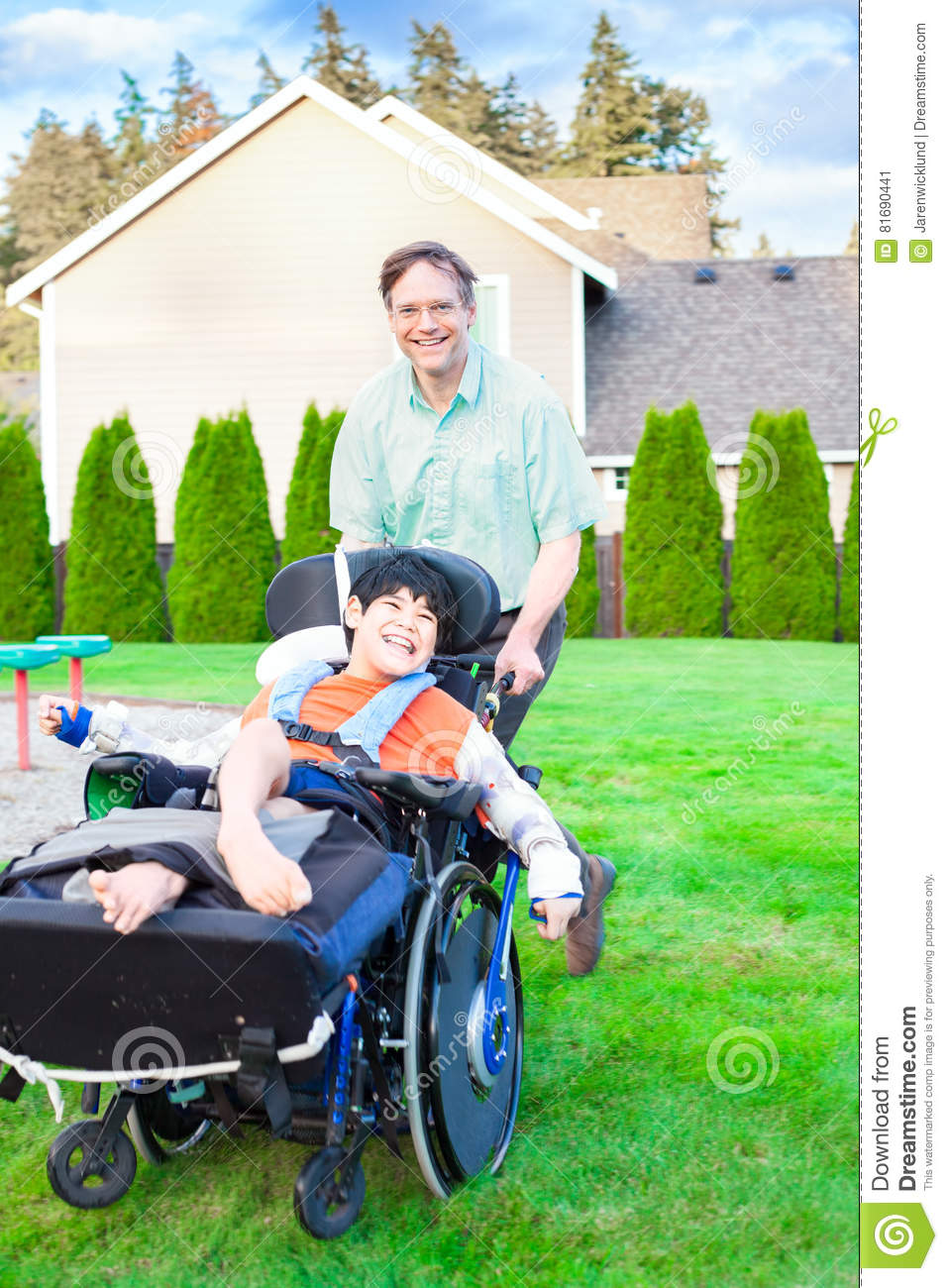 supporting disabled children This article tells you about child support, medical support, and dental support in  texas,  will i have to pay child support if i receive social security disability.