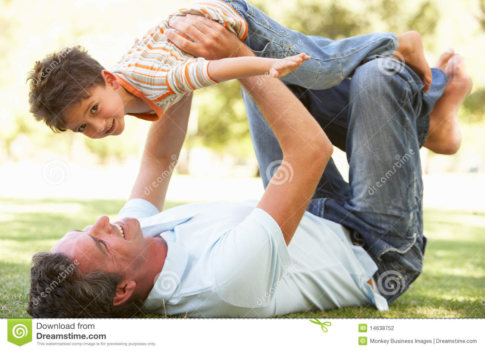 Дальнейшая история гей отец и сын фото