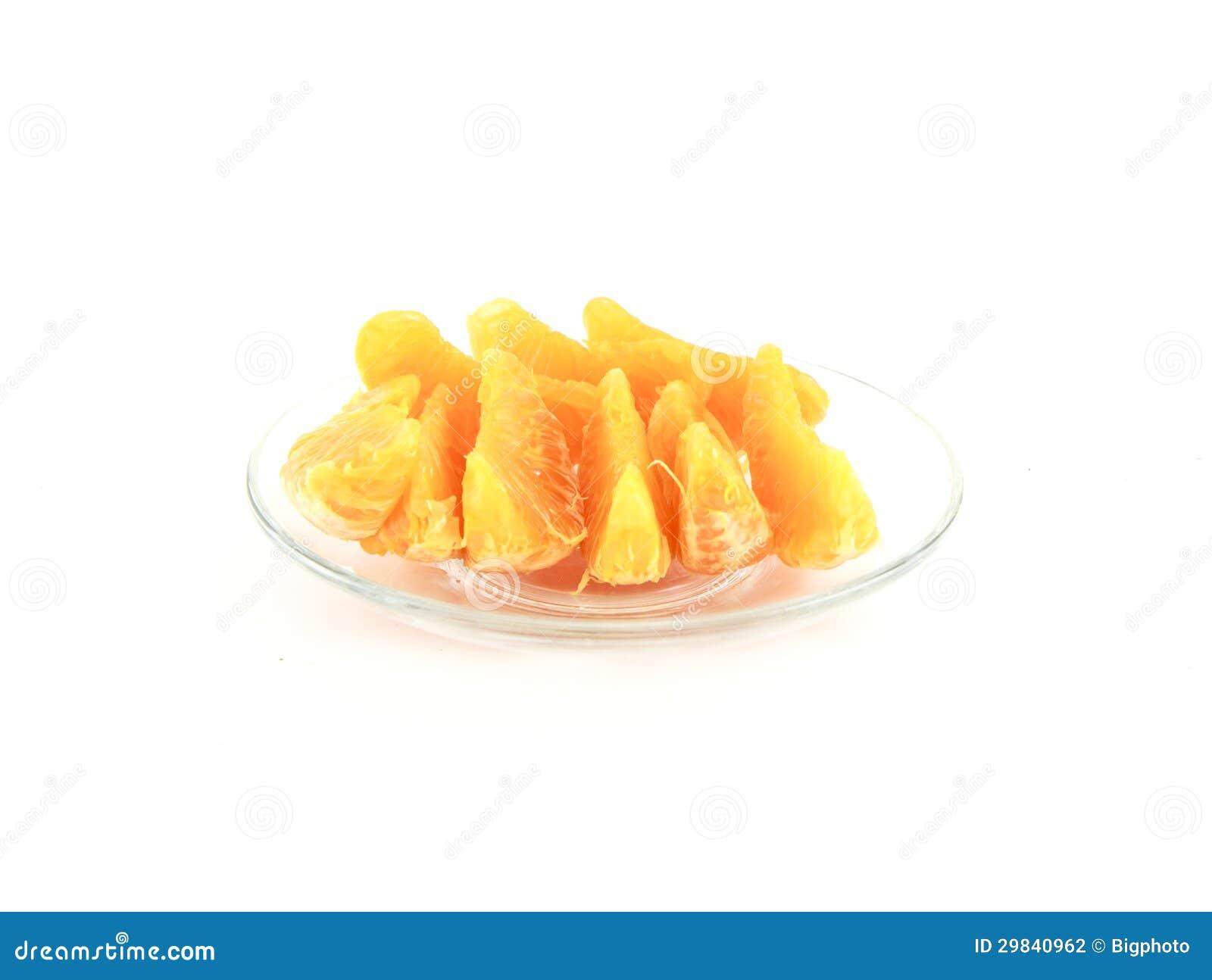 Fatias alaranjadas no prato