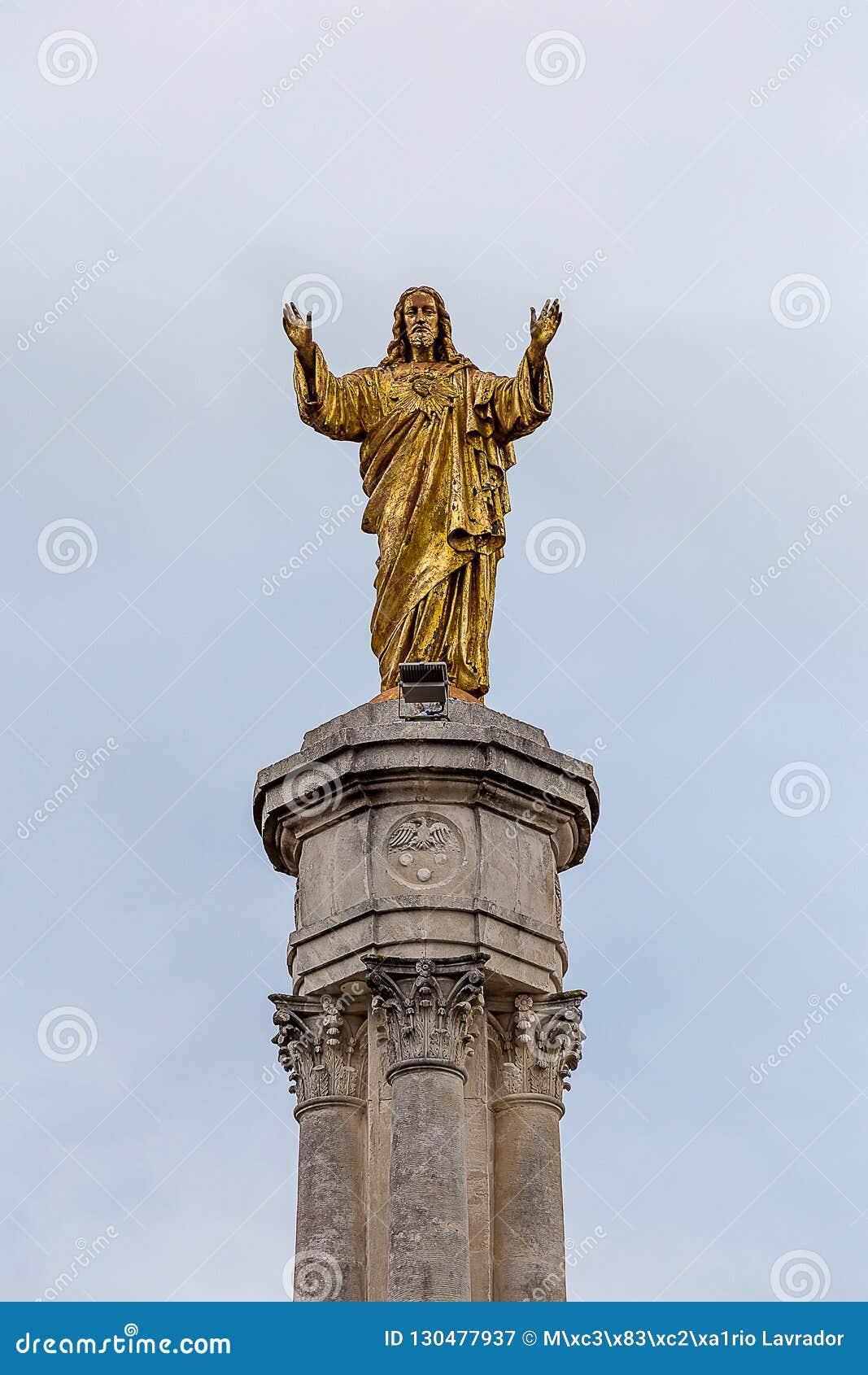 Fatimas monument av den sakrala hjärtan av Jesus