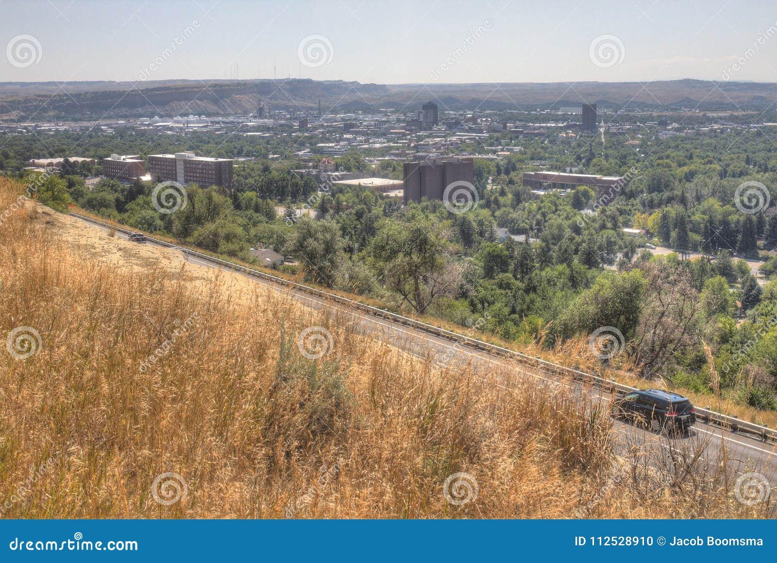 Faturamentos, Montana como visto de cima no verão
