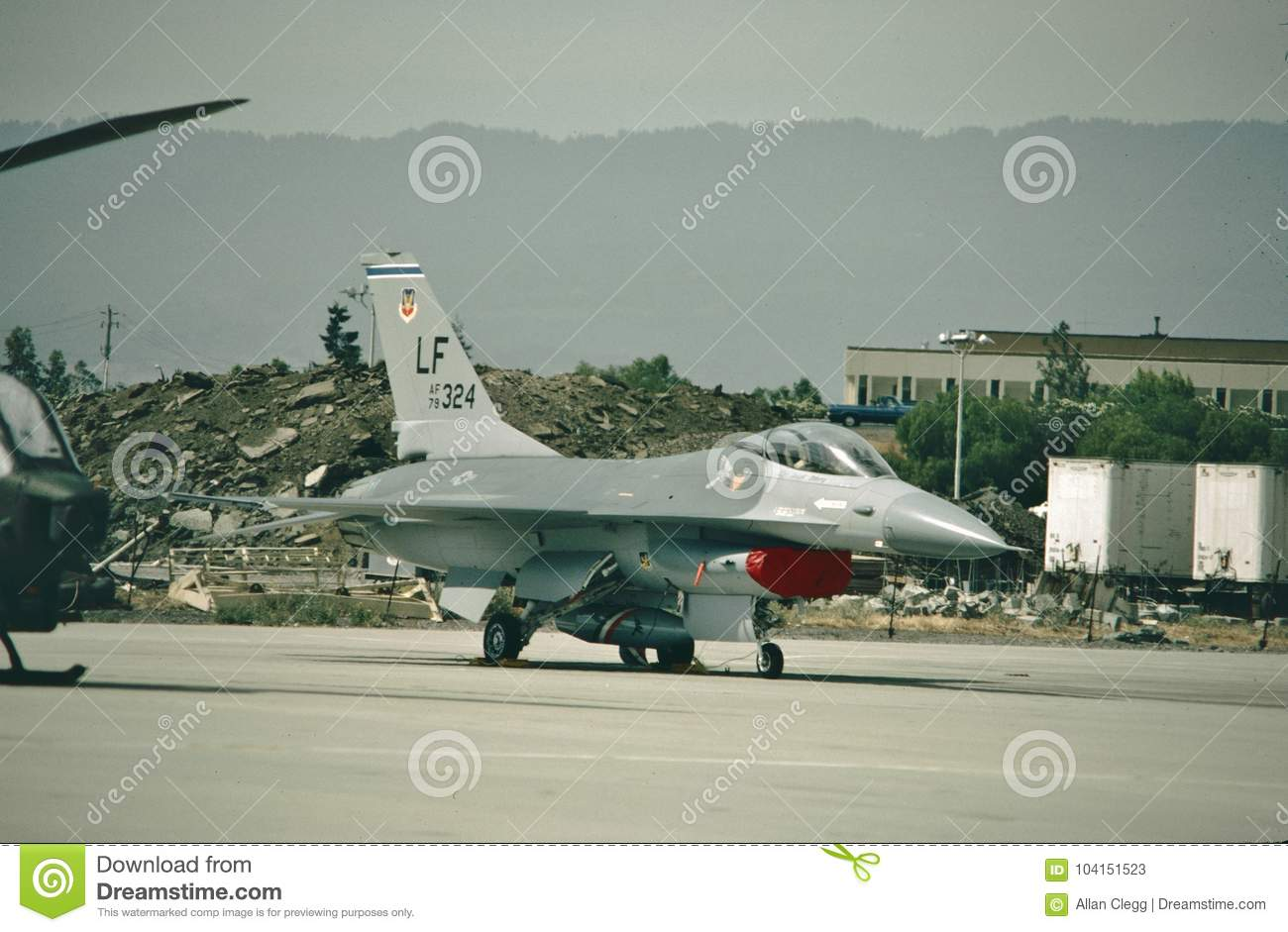 Faucon de combat de l U.S. Air Force General Dynamics F-16A 79-0324