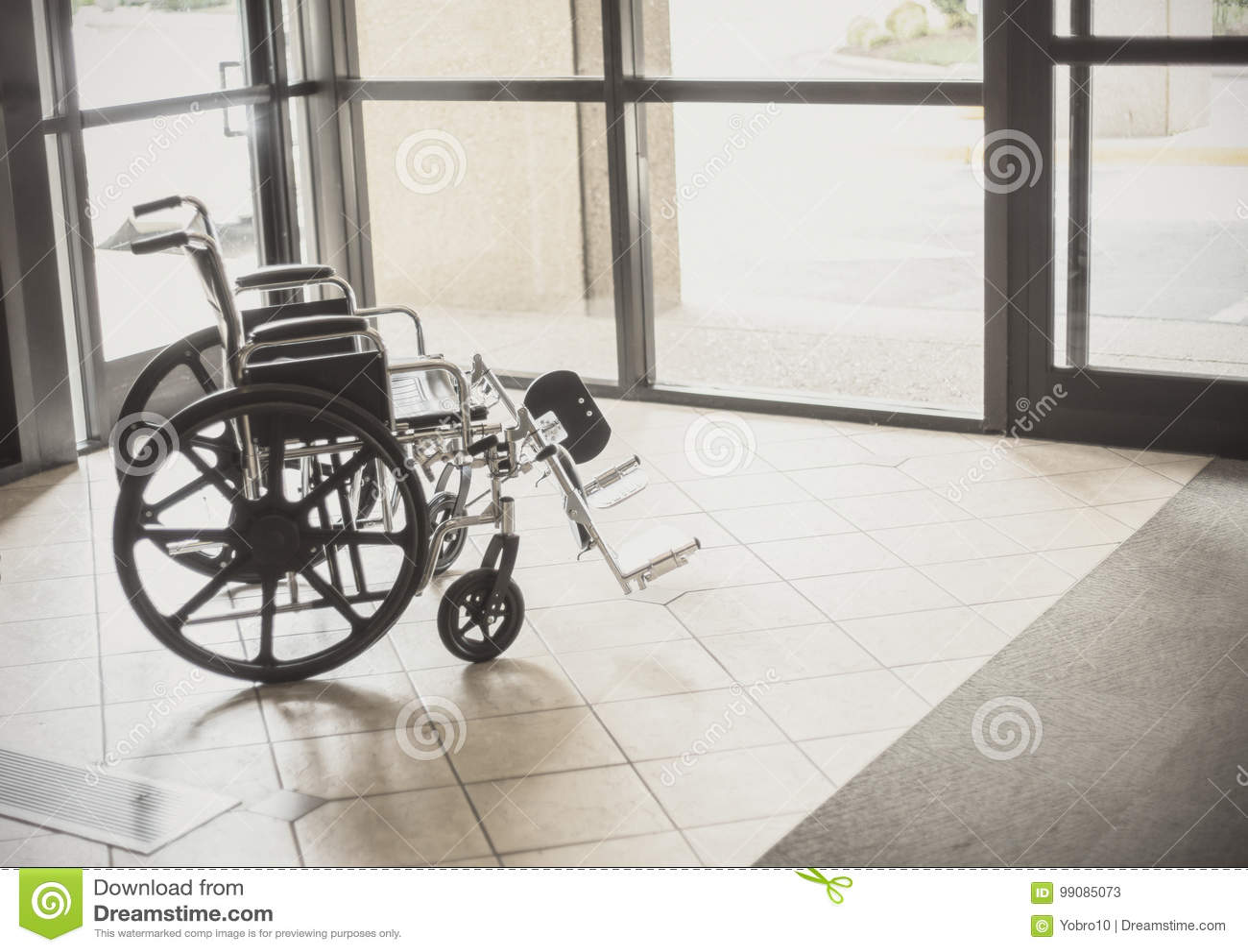 Fauteuil roulant dans un hôpital