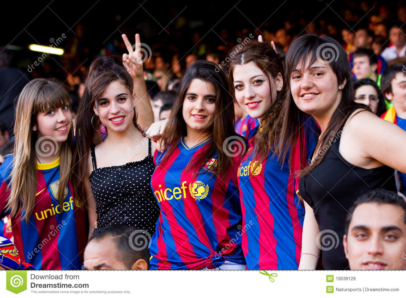 Fc barcelona supporters editorial stock image image of european 19539129 - Forlady barcelona ...