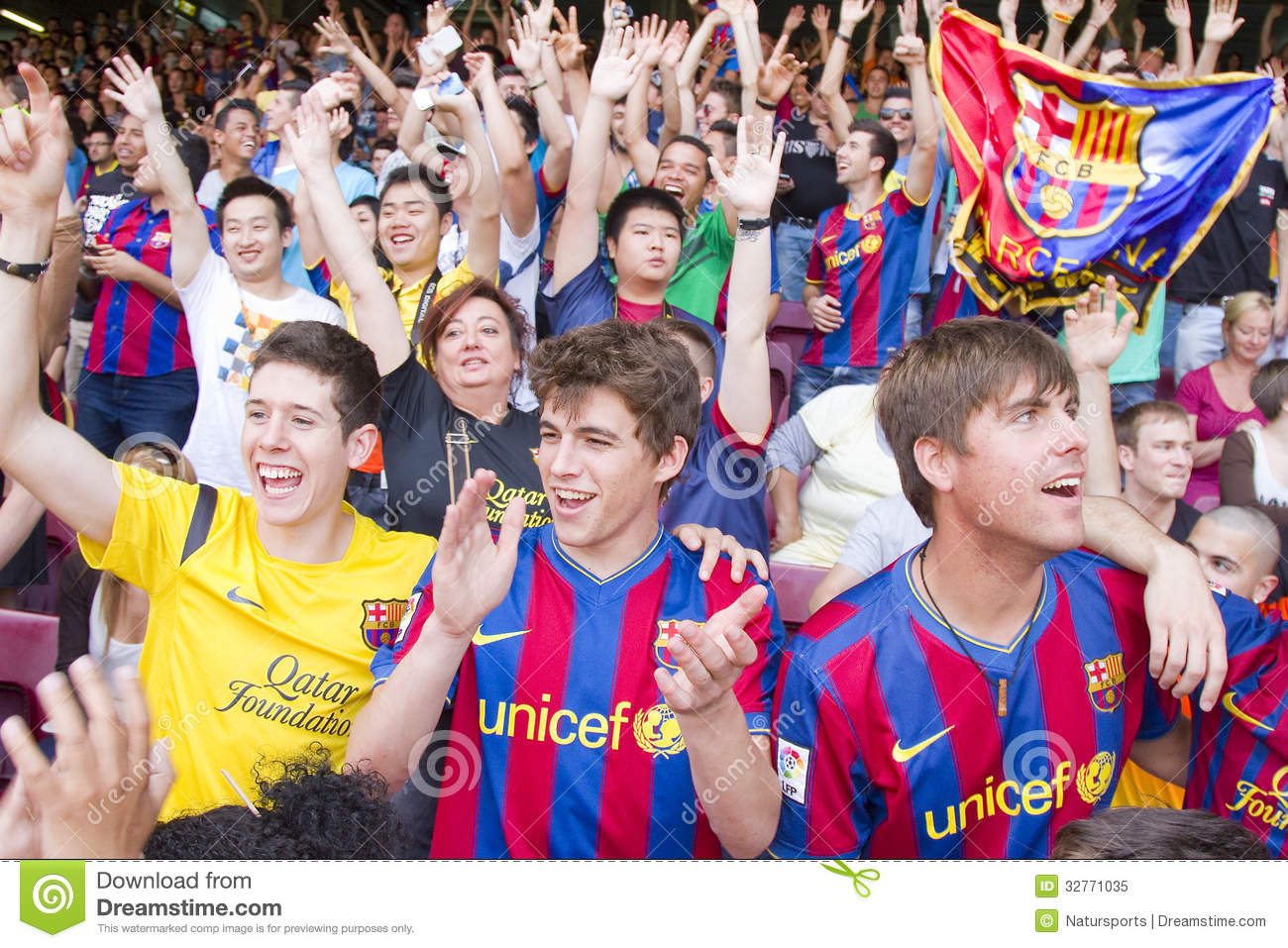 FC Barcelona supporters – Stock Editorial Photo ...