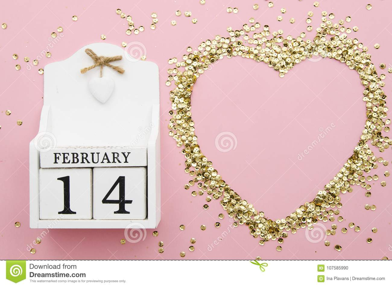 14 February Wooded Perpetual Calendar With Confetti Shape Of Heart