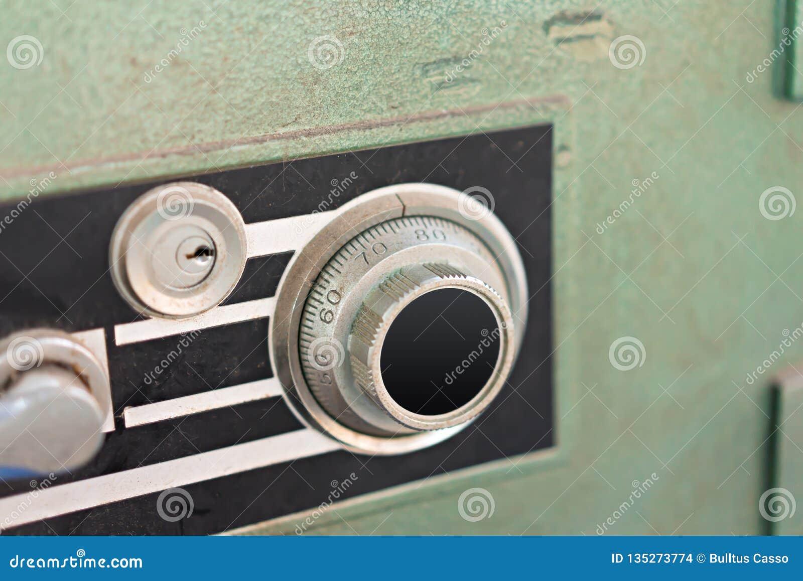 Fechamento na caixa segura do metal da segurança