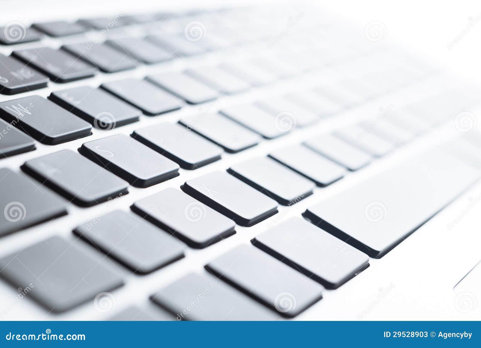 Feche acima da vista de um teclado