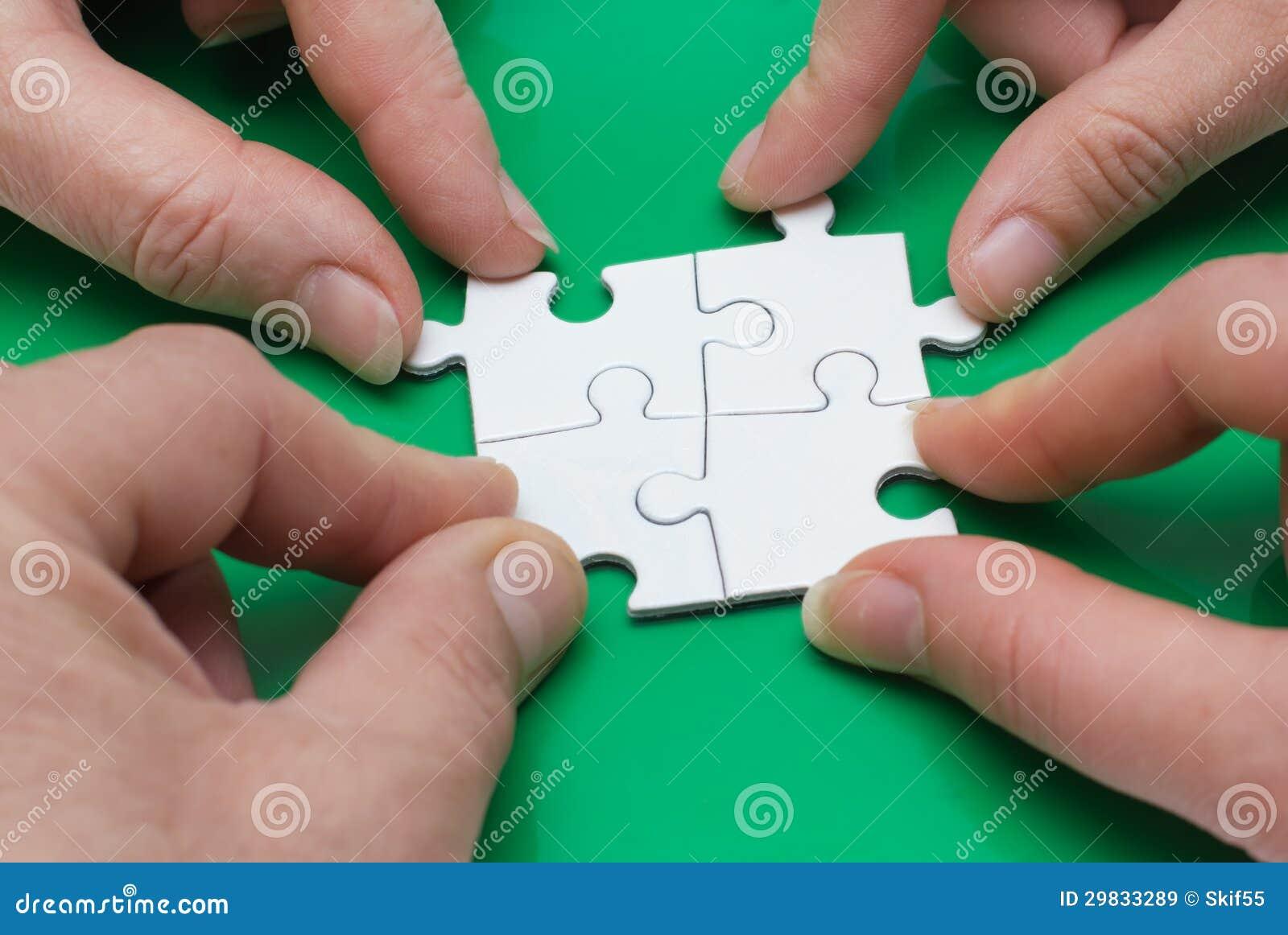 Quatro povos com enigma