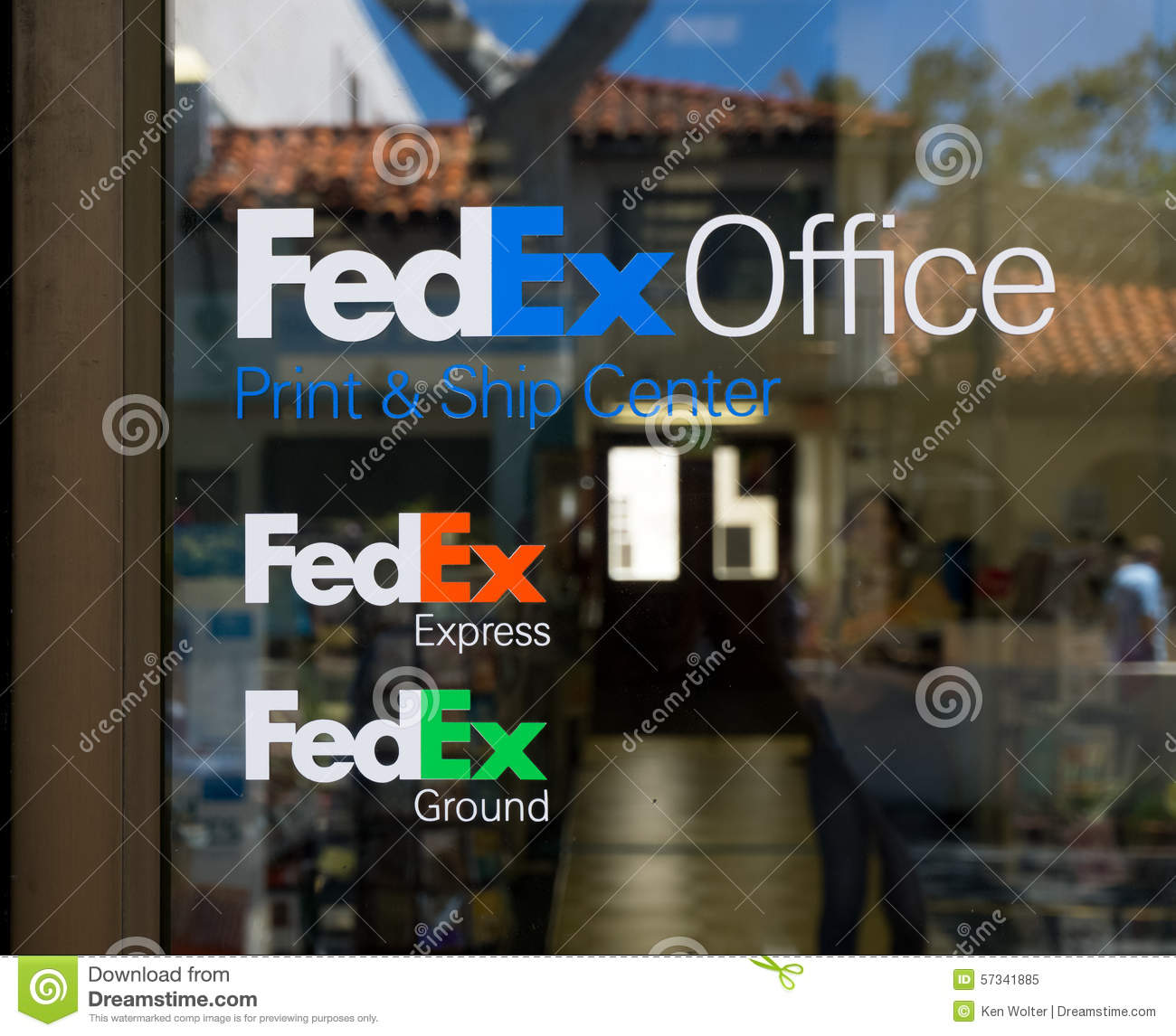 FedEx Store And Sign Editorial Image. Image Of Express