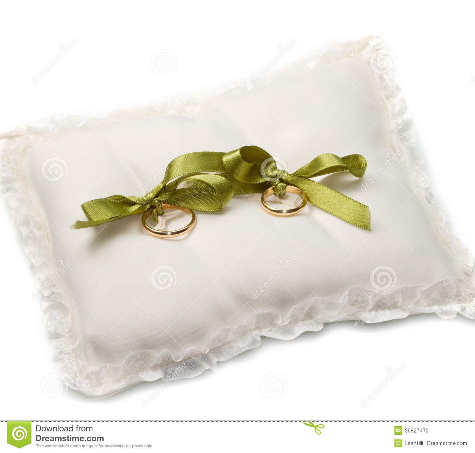 Fedi nuziali dell oro sul cuscino bianco