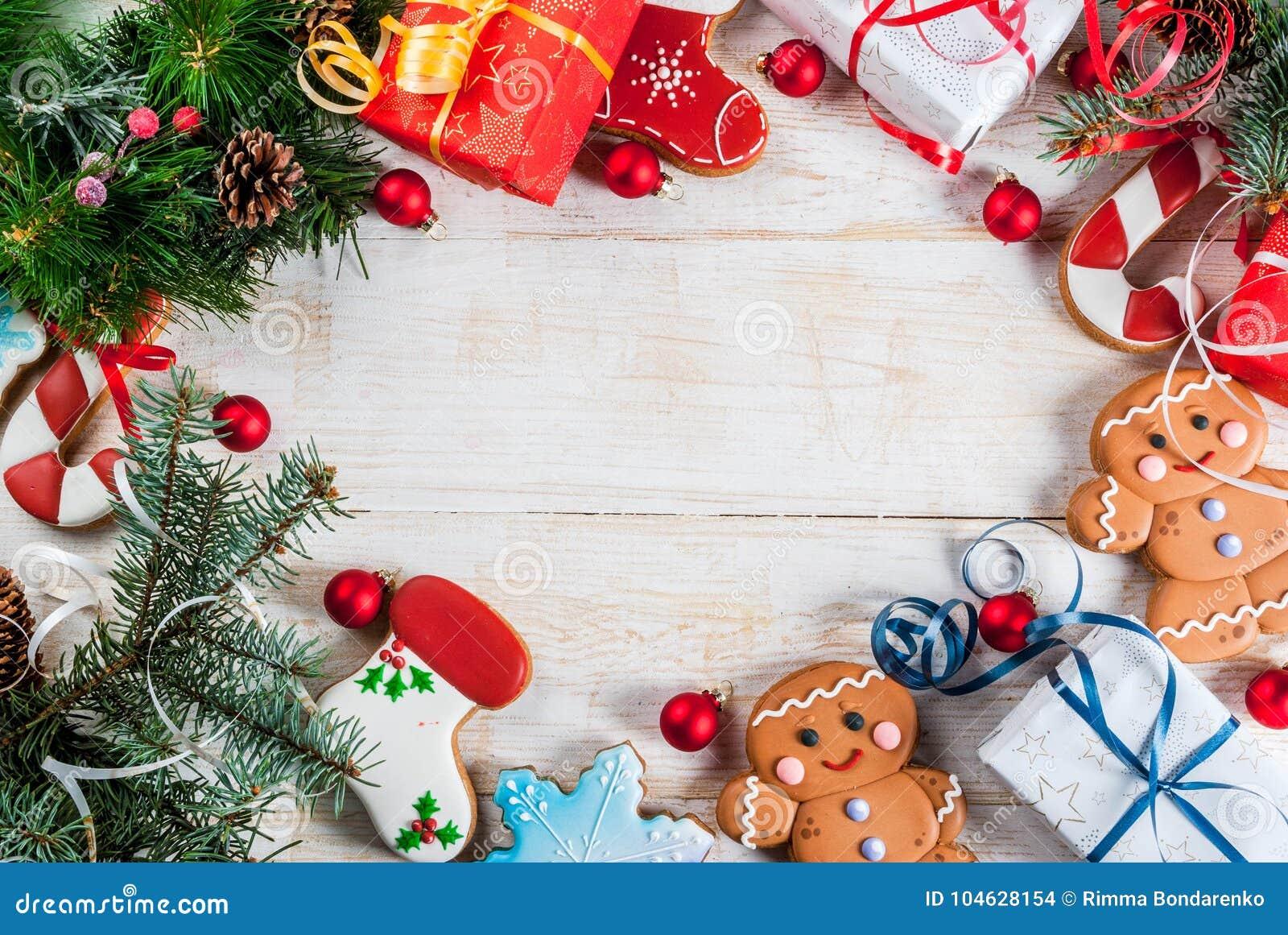 Download Feestelijke Kerstmisachtergrond Stock Foto - Afbeelding bestaande uit spar, doos: 104628154