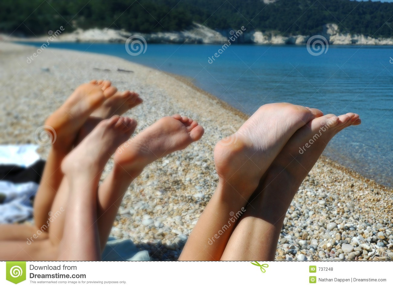 Feet in the beach