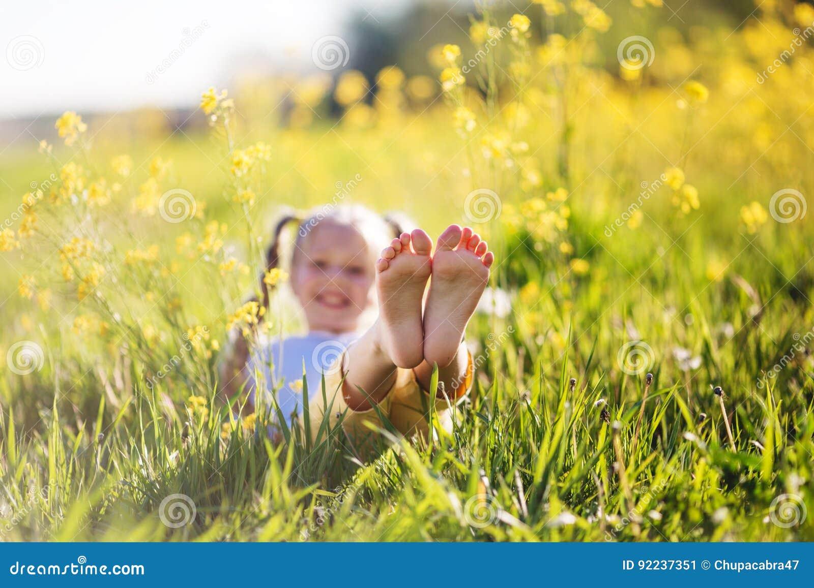 panties Feet Loes Fielt naked photo 2017