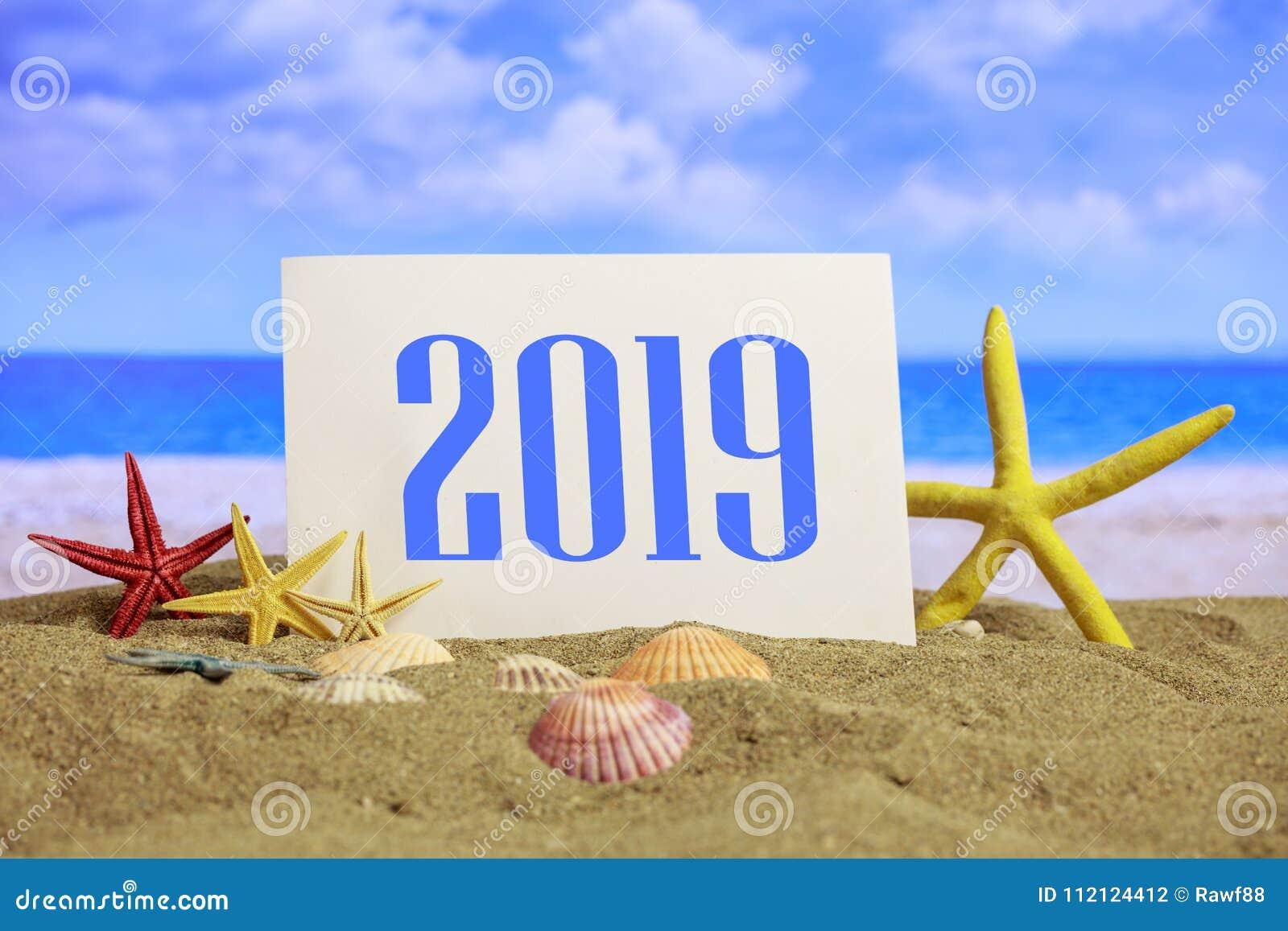 Weihnachten Urlaub 2019.Feier 2019 Auf Dem Strand Sommer Weihnachten Des Neuen Jahres Macht