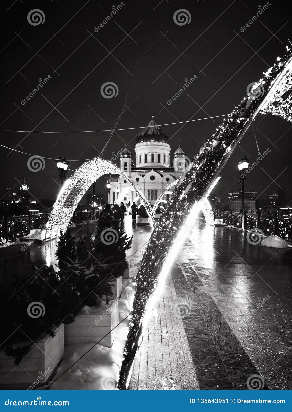 Feier des neuen Jahres in Moskau, die Kathedrale von Christus der Retter