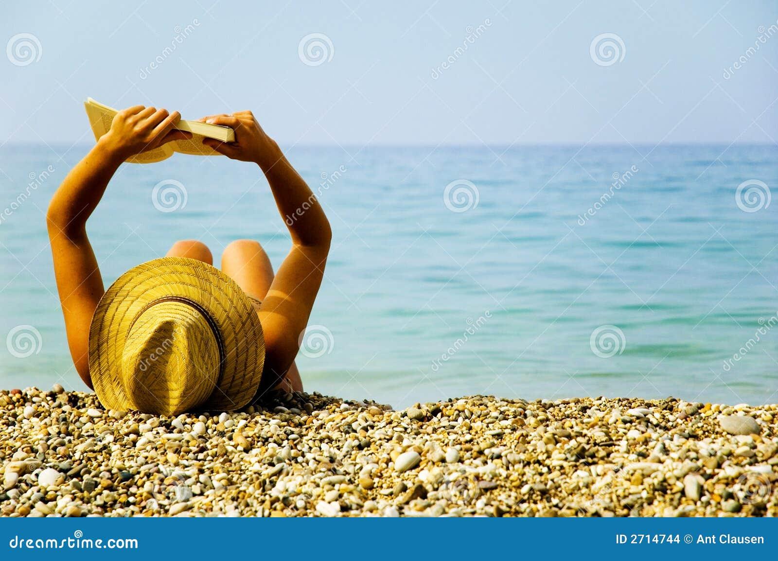 Am Feiertag am Strand
