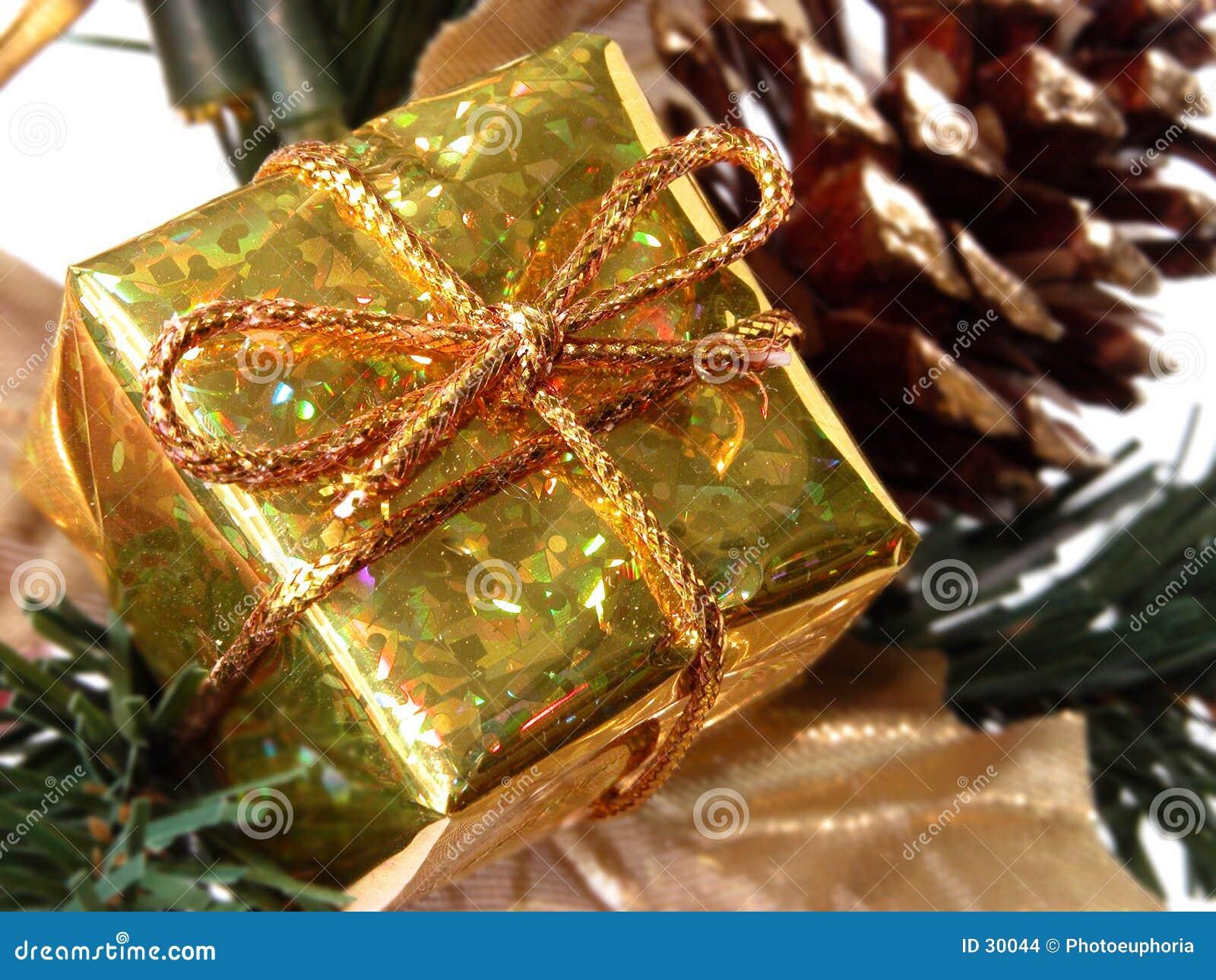 Feiertag u. Saison: Kleiner Goldgeschenk-Kasten